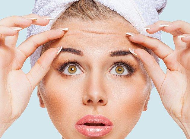Paciente lista para una cirugía plástica sin bisturí con Botox